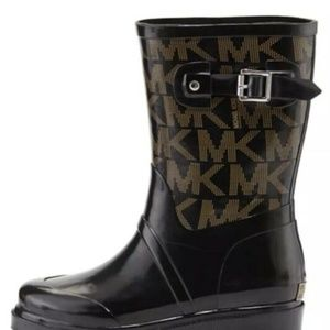 ☔🌈MICHAEL KORS Black Rubber MK Logo Rain Boot